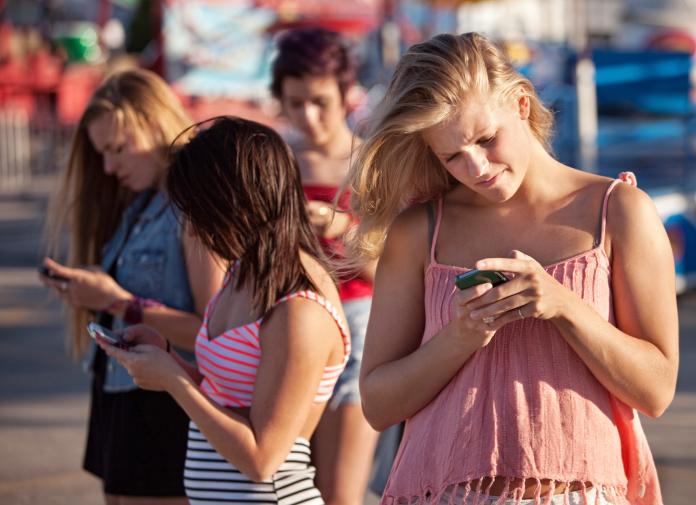 texting-teens